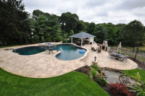 Free Formed Swimming Pool with Travertine Pavers