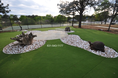 Custom Putting Green in Manorville by Gappsi